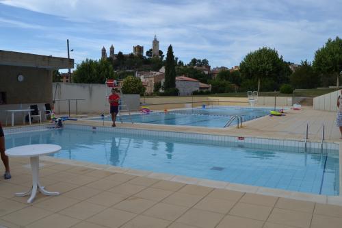 Rians visitez ce village typique de la provence verte - Piscine municipale aix en provence ...
