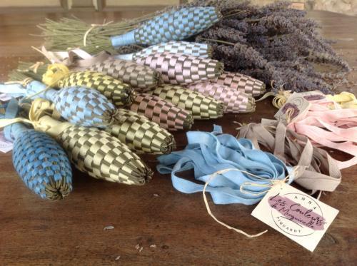 Création de fuseau de lavandin et découverte des plantes tinctoriales