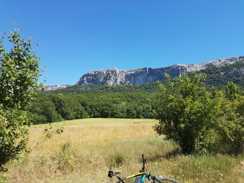 Balade à vélo électrique au pied de la Sainte Baume