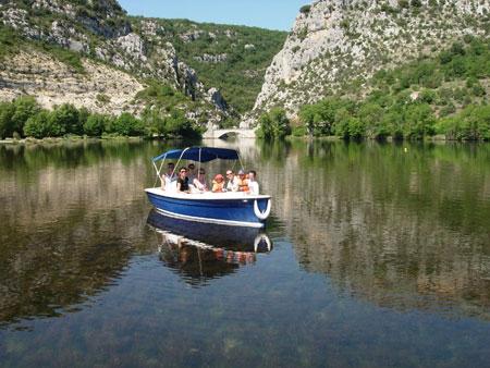 Location bateau électrique dans le Verdon