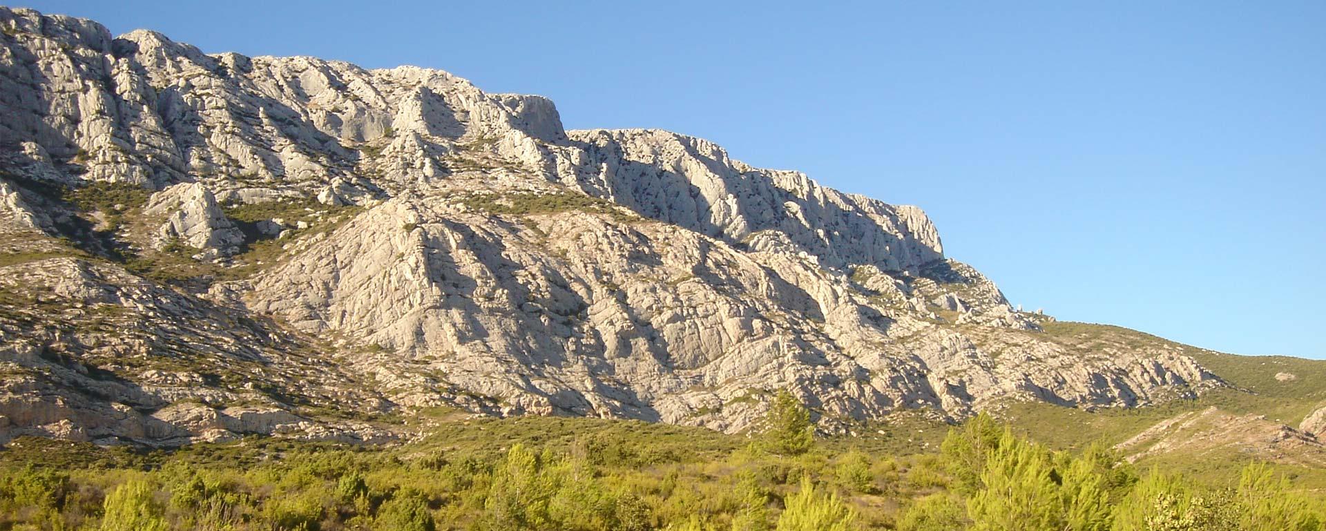 Montagne sainte victoire un lieu incontournable - Chambre d hote montagne sainte victoire ...