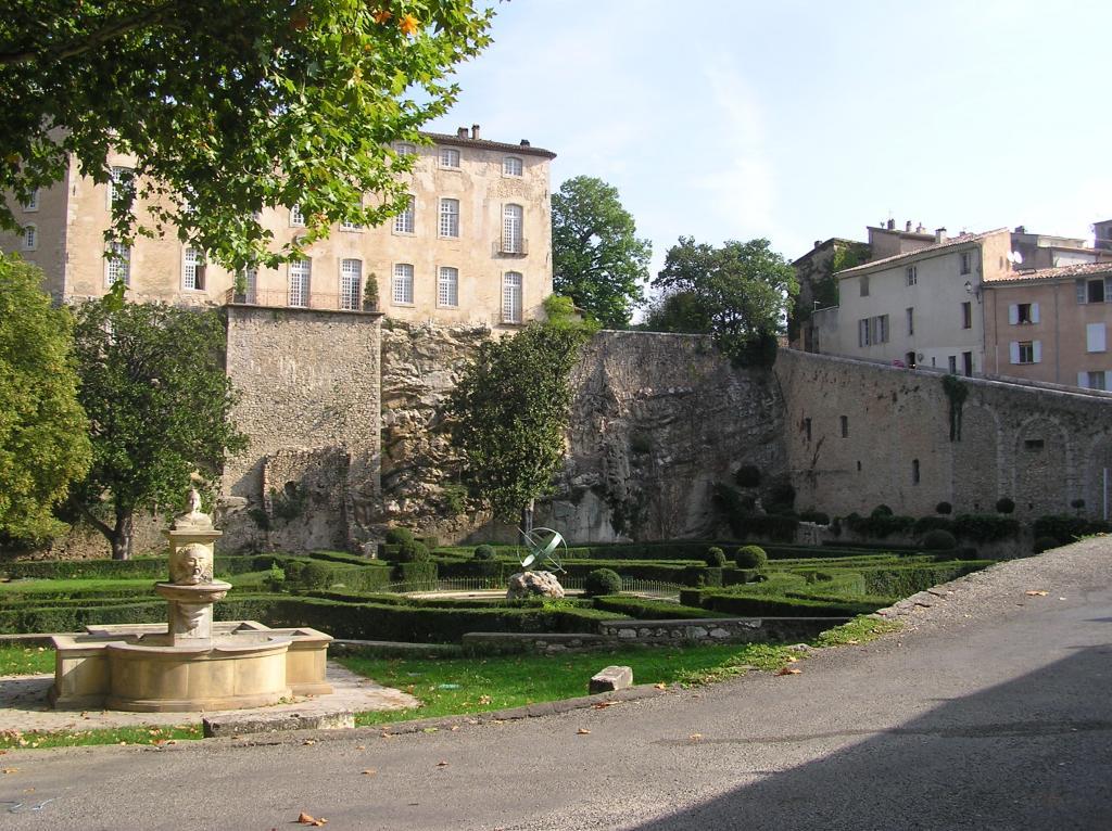 Ch teau d 39 entrecasteaux culture patrimoine - Office tourisme saint maximin la sainte baume ...
