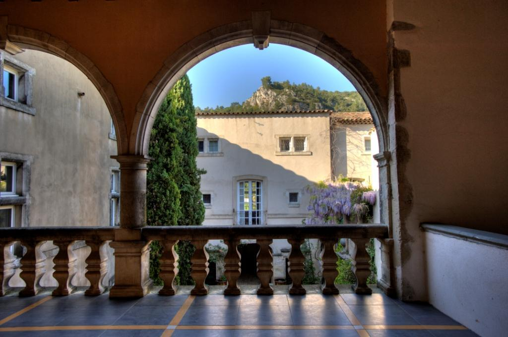 Ch teau de vins culture patrimoine vins sur caramy - Office tourisme saint maximin la sainte baume ...