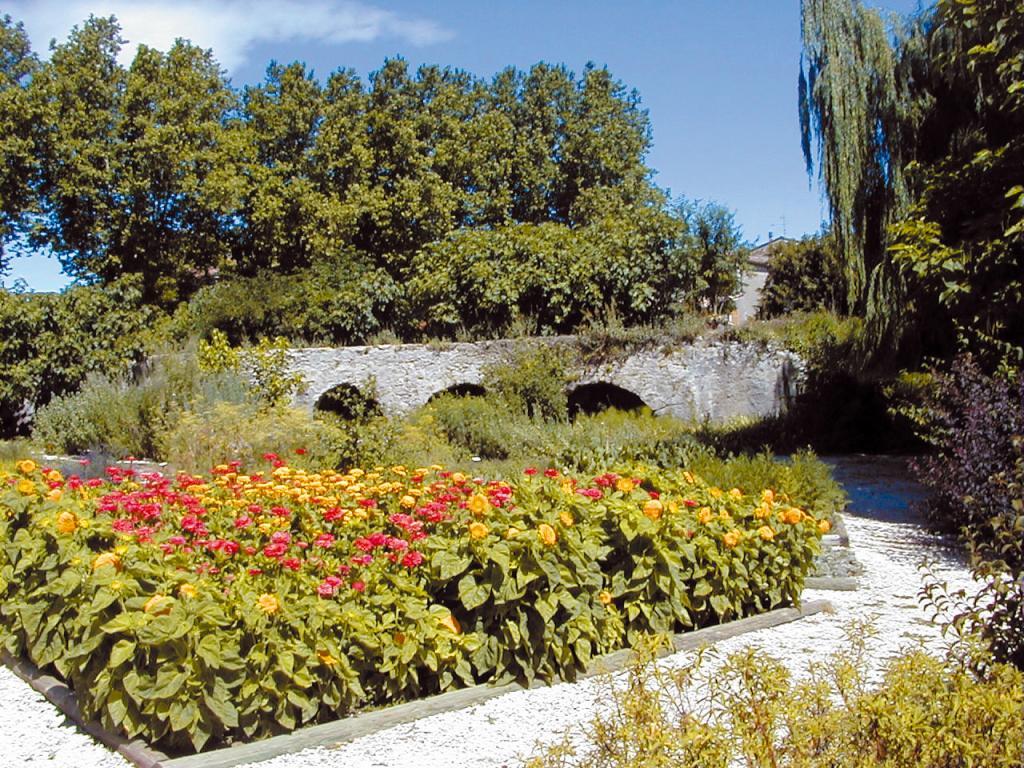Circuit du village culture patrimoine le val office de tourisme de le val - Office tourisme villedieu les poeles ...