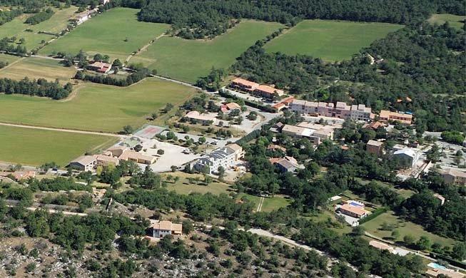 Plan d 39 aups sainte baume visitez ce village typique de for Piscine saint maximin la sainte baume