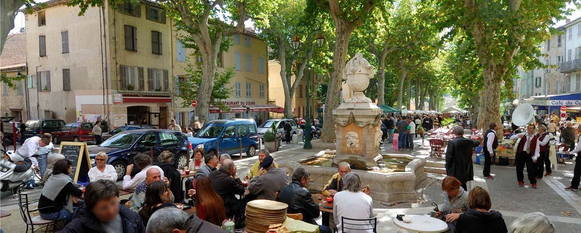 Cotignac Visitez Ce Village Typique De La Provence Verte
