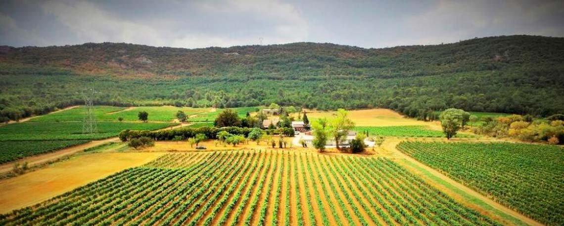 artigues visitez ce village typique de la provence verte. Black Bedroom Furniture Sets. Home Design Ideas