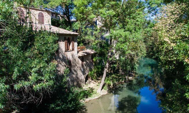 Correns visitez ce village typique de la provence verte - Les plus beau village du var ...