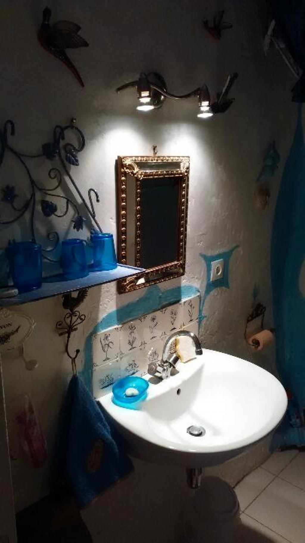 chez lucie maison troglodyte chambres d 39 h tes cotignac office de tourisme de barjols. Black Bedroom Furniture Sets. Home Design Ideas