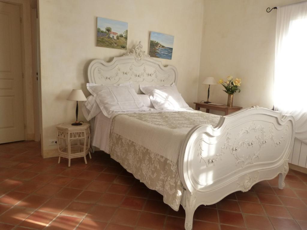 les oliviers chambres d 39 h tes cotignac office de tourisme de cotignac. Black Bedroom Furniture Sets. Home Design Ideas