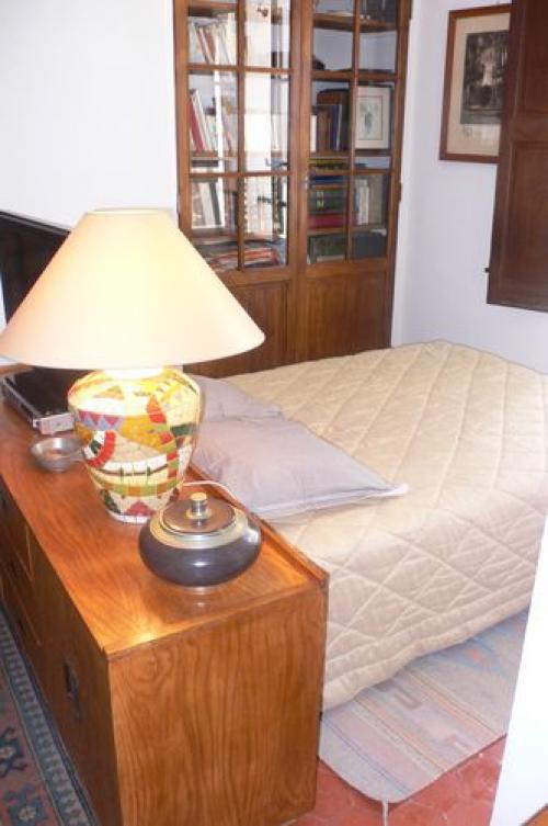 chambre d 39 h tes cond chambres d 39 h tes cotignac. Black Bedroom Furniture Sets. Home Design Ideas
