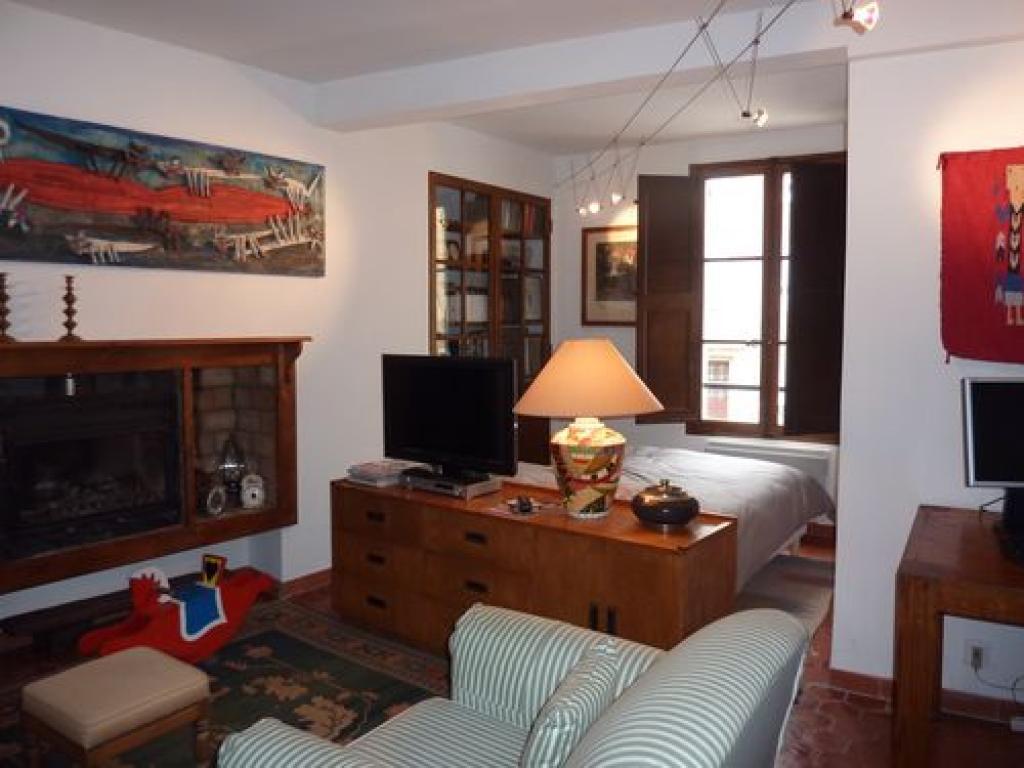 chambre d 39 h tes cond chambres d 39 h tes cotignac office de tourisme de barjols. Black Bedroom Furniture Sets. Home Design Ideas
