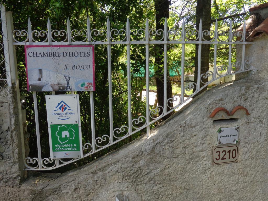 Il Bosco Chambres D H 244 Tes 224 M 233 Ounes Les Montrieux