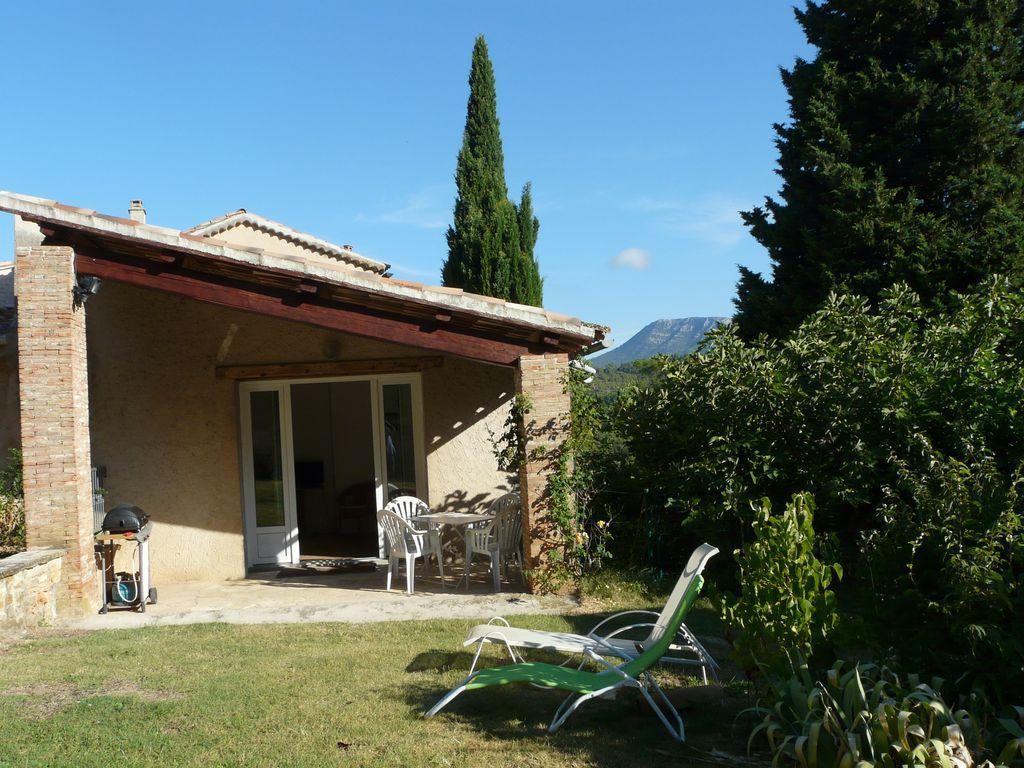 Location vacances correns en provence verte g te n 419 office de tourisme de le val - Location vacances office du tourisme ...