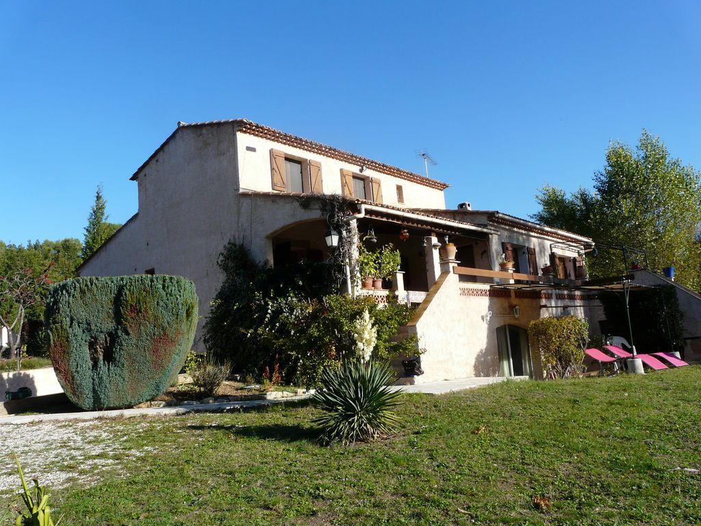 Location vacances entrecasteaux en provence verte g te - Location vacances office du tourisme ...