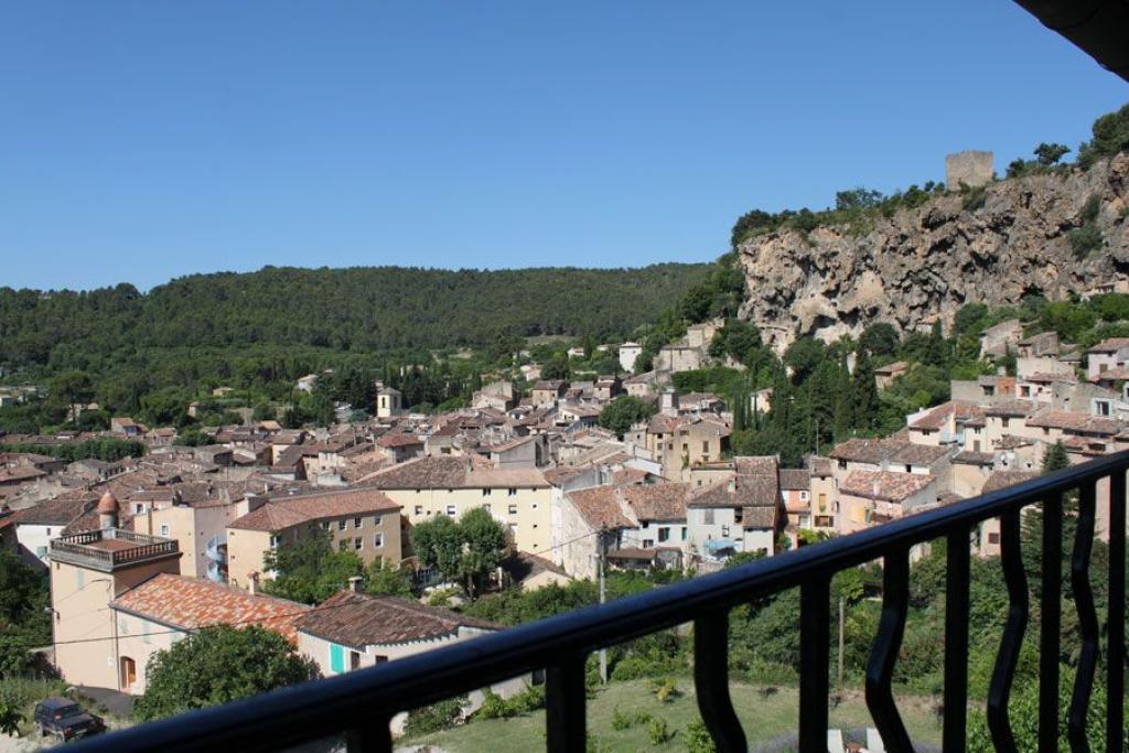 Location vacances cotignac en provence verte g te n 569 office de tourisme de cotignac - Location vacances office du tourisme ...