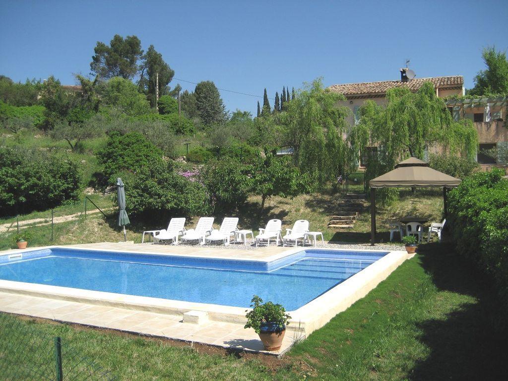 Location vacances cotignac en provence verte g te n 573 office de tourisme de cotignac - Location vacances office du tourisme ...