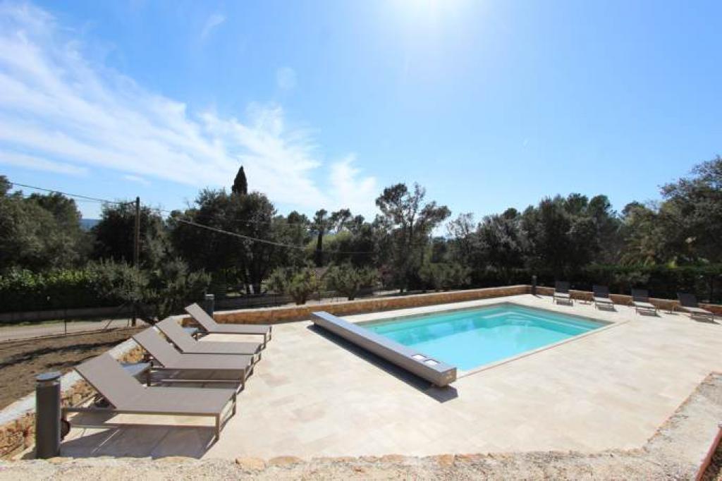 Location vacances entrecasteaux en provence verte g te n 625 office de tourisme de barjols - Location vacances office du tourisme ...
