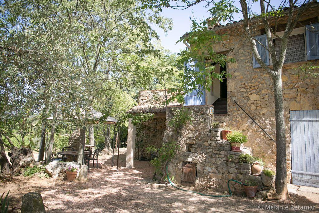 Location vacances cotignac en provence verte g te n 673 office de tourisme de cotignac - Location vacances office du tourisme ...